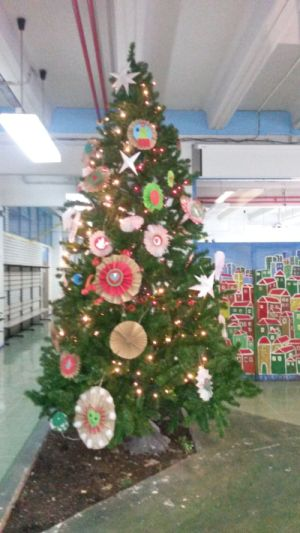 Students Created Ecological Decorations For School Christmas Tree ...