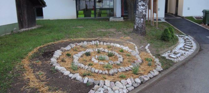 Veseli smo, da lahko s svojo aktivnostjo krepimo vez z naravo