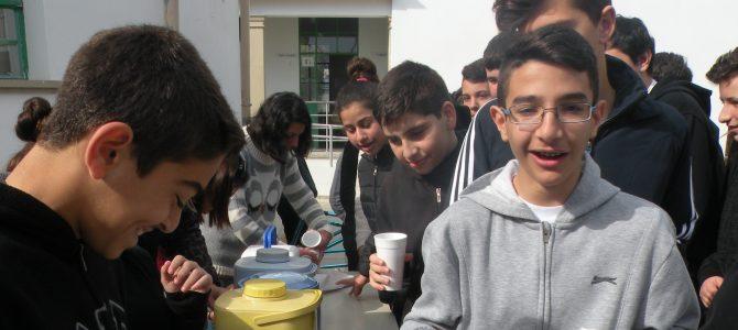 """Το Γυμνάσιο Φανερωμένης Λάρνακας γιόρτασε την """"Ημέρα του Δέντρου"""" με βιολογικό τσάι"""