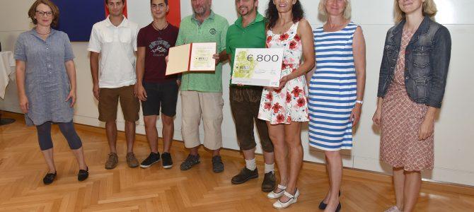 BS 10 bekommt Linzer Umweltpreis IRIS für ihr Projekt EAThink