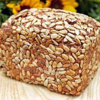 De la bobul de grâu la pâine: câtă muncă pentru a deveni hrană